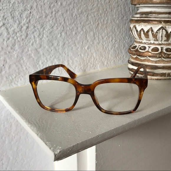 Bonlook Accessories - 🐢 Tortoise Shell BonLook Glasses